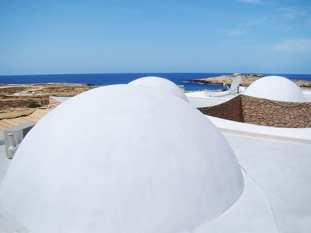 Dammusi fronte mare con tutti i comfort - Lampedusa E Linosa - Villa