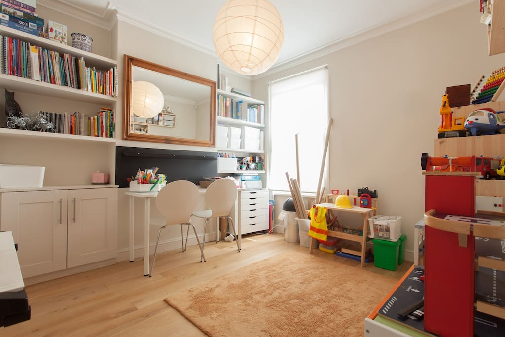 Well-equipped playroom/Study