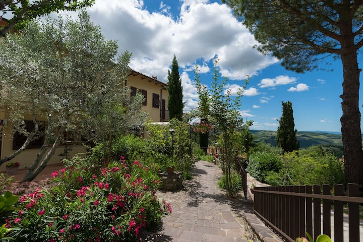 View of the Tuscan hills - Panzano In Chianti - Apartemen