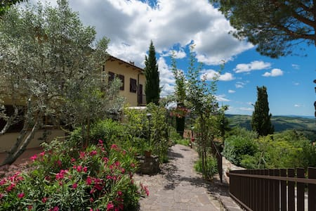 View of the Tuscan hills - Panzano In Chianti - 公寓