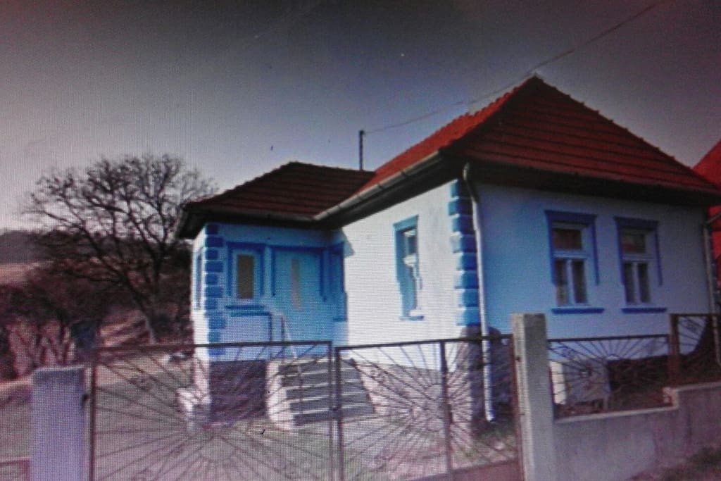 Ons leuke huis :) Foto is genomen op in November. Zelfs dan nog een prachtige omgeving.
