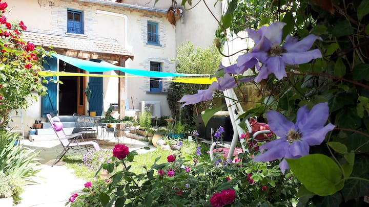 maison lorraine de village avec joli jardin