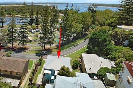 YAMBA CLOSE TO BEACHES -BLUE HOUSE - Yamba