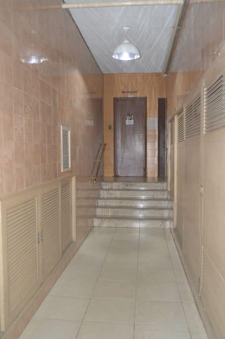 Corredor para os elevadores
