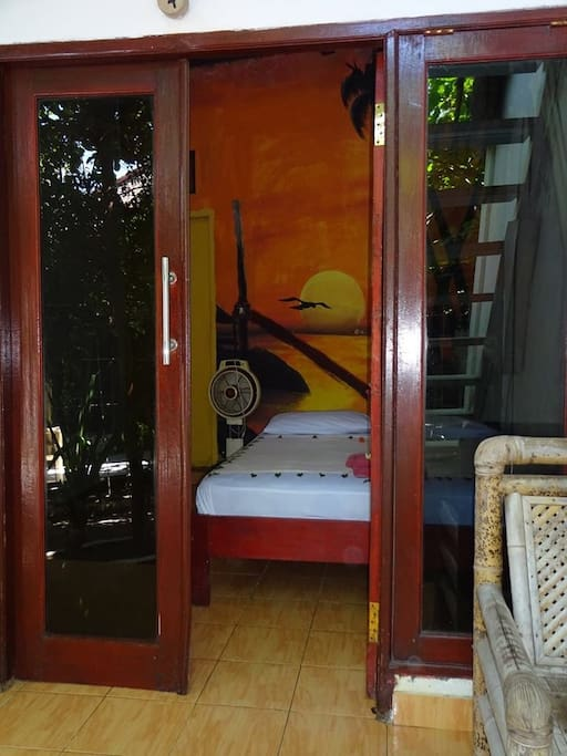Economy bungalow with own ensuite 8