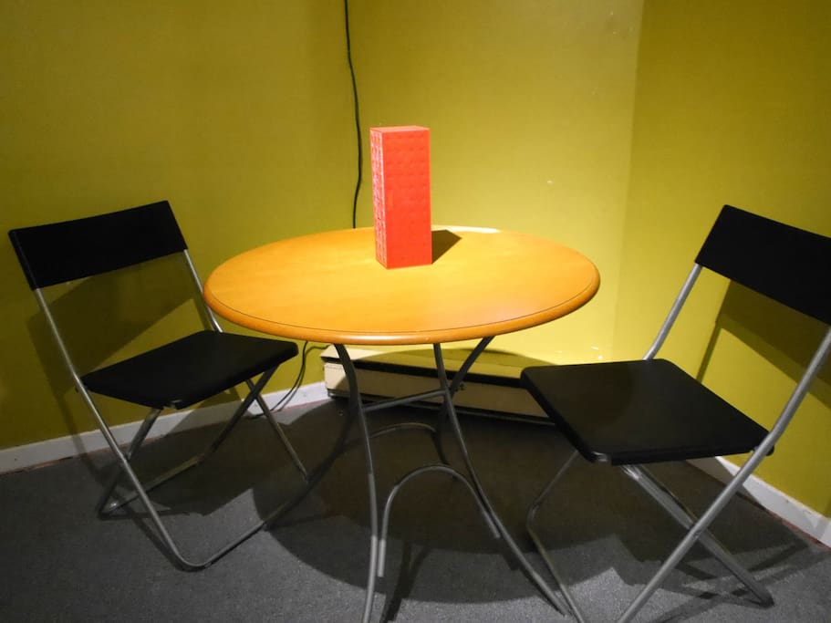 Simple table and chairs to have your meals
