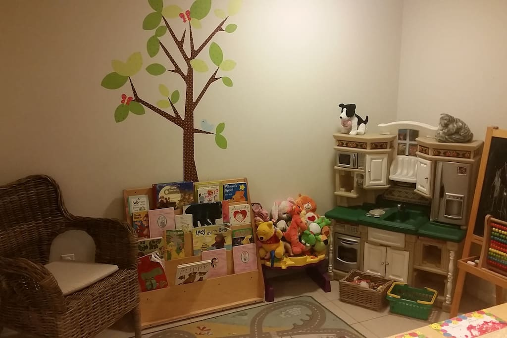 I run a licensed daycare out of the space so there is lots to do. Guests are free to play with the toys as long as they put them away :)