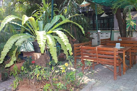 Jungala House - Twin rooms, spacious green garden - Chiang Mai - Pousada