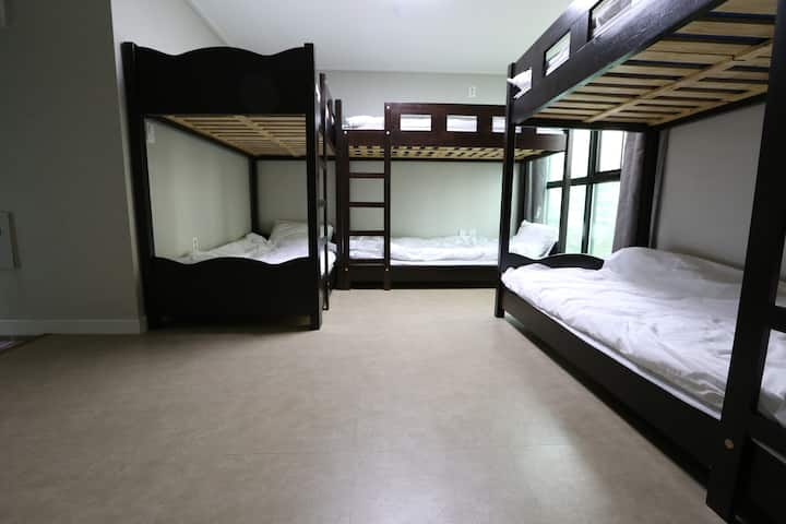 Philstay Ehwa Univ - Female 6 Dorm
