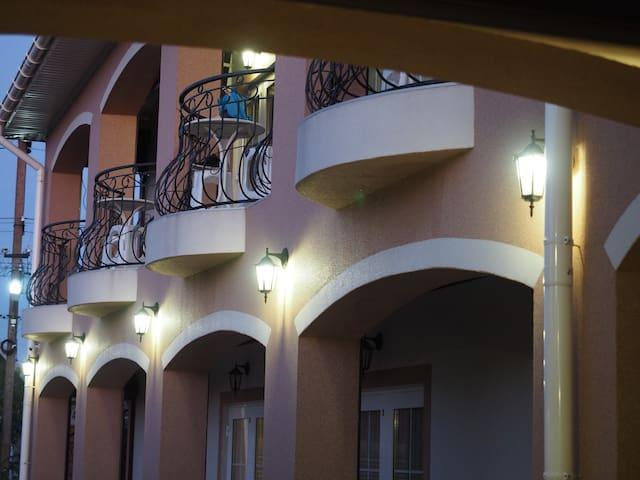 Домашний отель Евлада