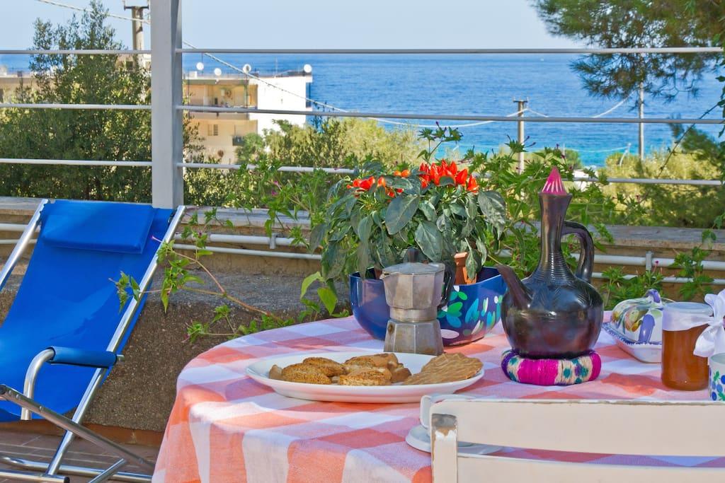 colazione con vista mare