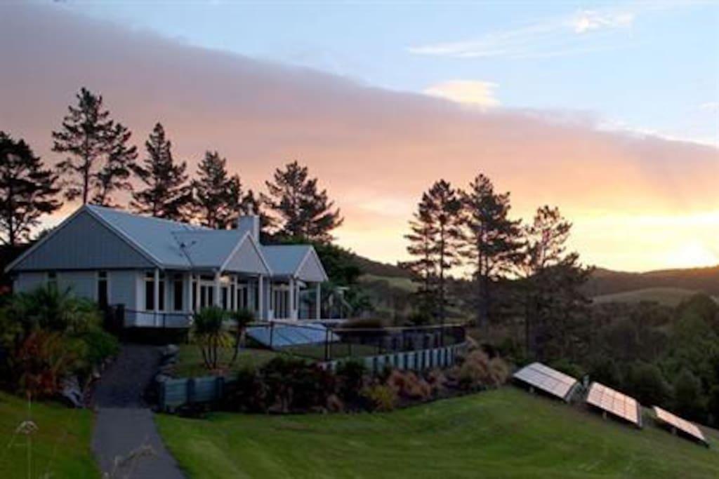 Paroa bay winery vineyard cottage villas louer - La villa rahimona en nouvelle zelande ...