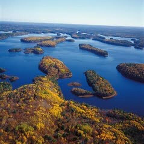 Ponhook lake is 30km around!