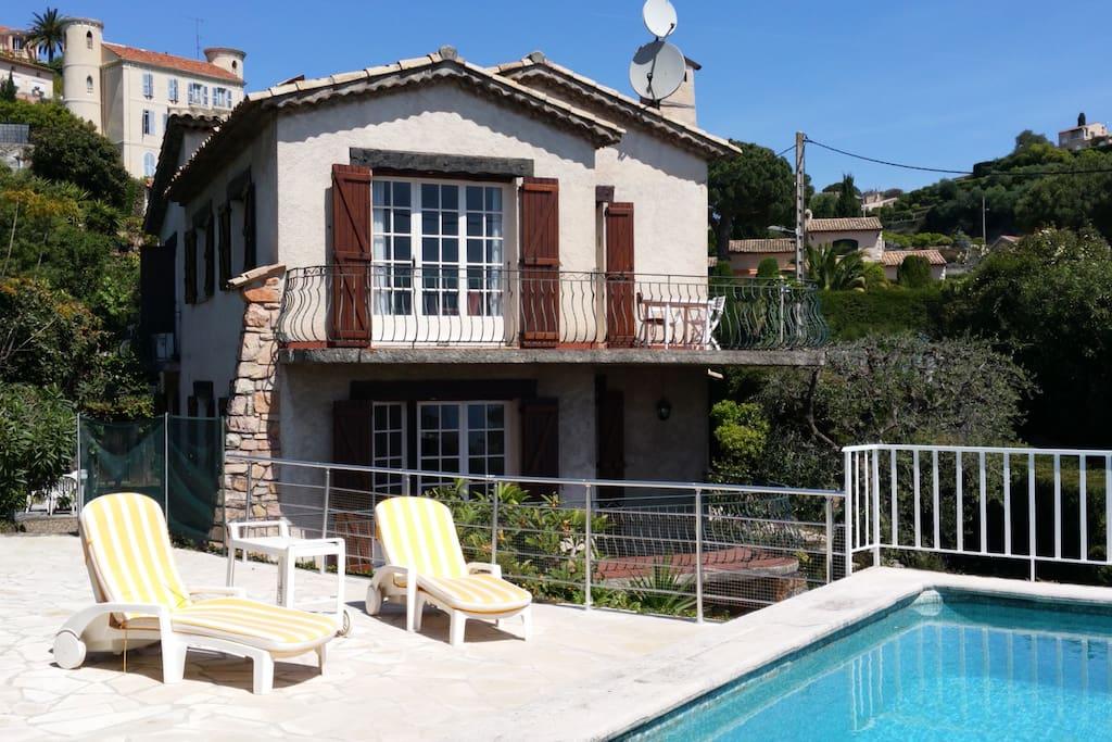 Villa avec piscine privée