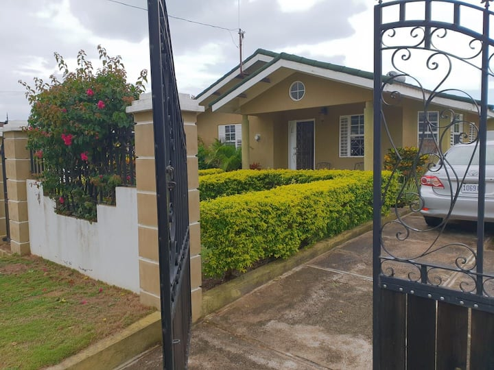 2 bedroom Beach House in Falmouth Jamaica