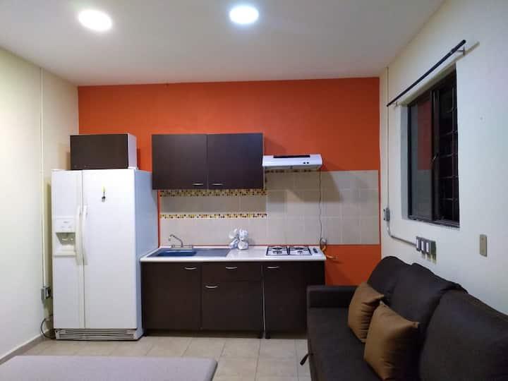 Oaxaca habitación independiente. Col Reforma