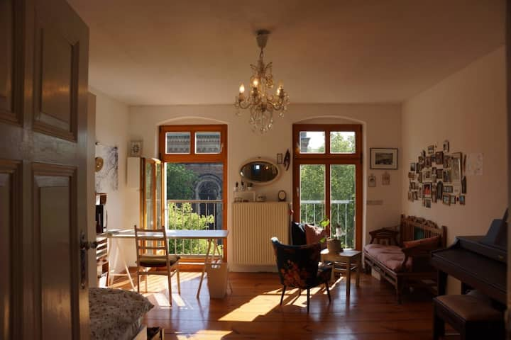Sunny room with beautiful view (Mitte/Prenzlberg)