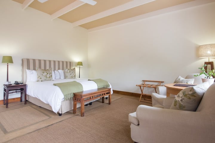 Spier Hotel and Wine Farm, Signature Riverside Room
