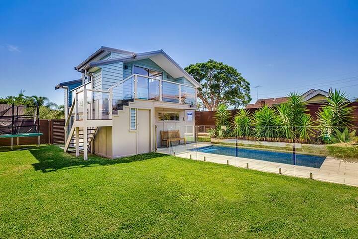 """""""Diesel's Loft"""" Cromer Sydney's Northern Beaches"""