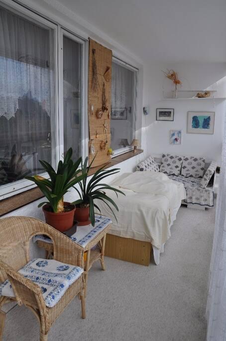 Additonal summer sleeping in the balcony
