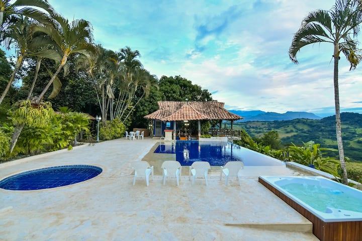 Comfy Villa La Josefina/Pool&Jacuzzi by NOMAD GURU