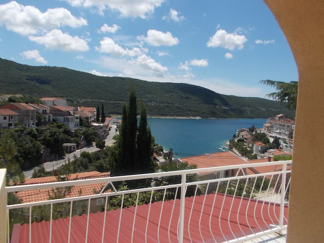 Lovely apartment near the beach - Neum - Huoneisto