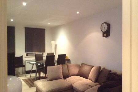 Cozy Single Room.  Simply Relax & Unwind!