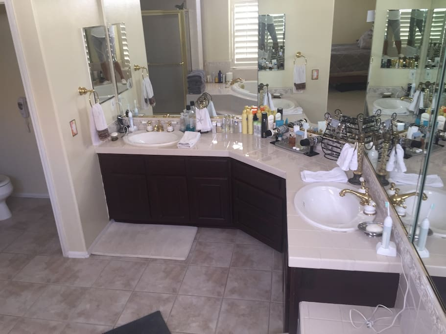 His and Her sinks (Master Bathroom)