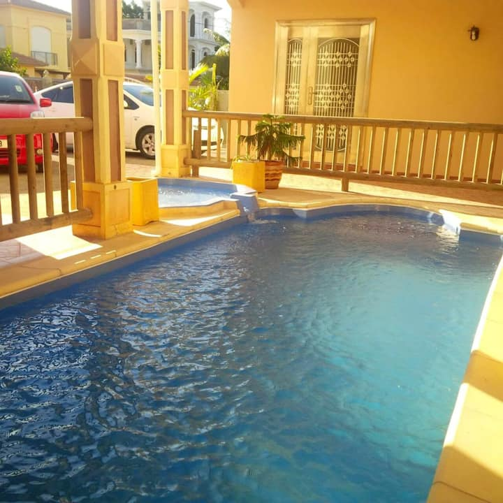 Villa with 6 bedrooms in Flic en Flac, with private pool, terrace and WiFi - 500 m from the beach