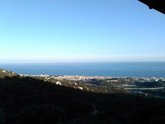 Bungalow in Calella, in the mountains, great views - Calella - Bungalow
