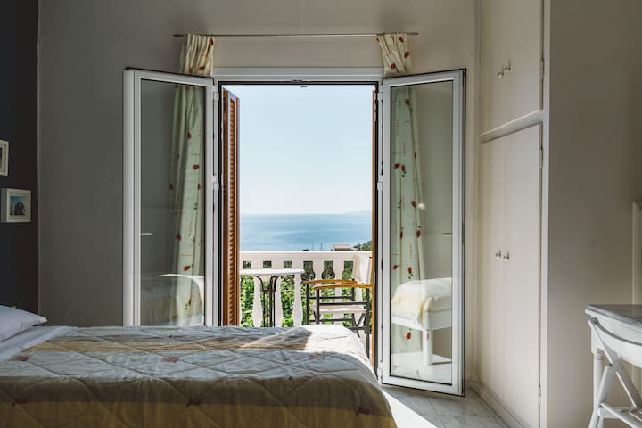 Zante Panorama Seaside View Sunny Master Suite