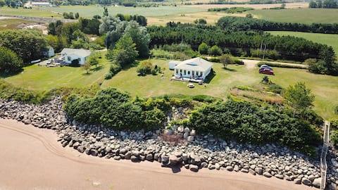 Unique historic seaside cottage