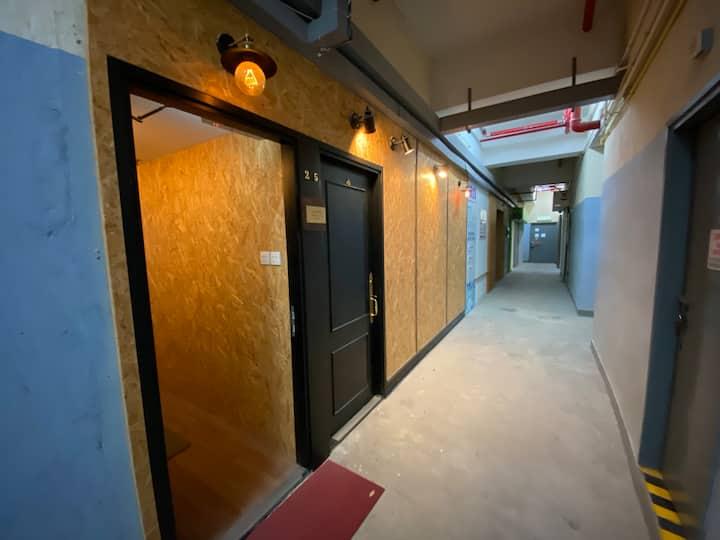 Cozy loft free WiFi design shop front kowloonbay