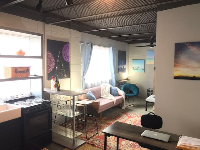 Private Loft Apt above Coffee Prose