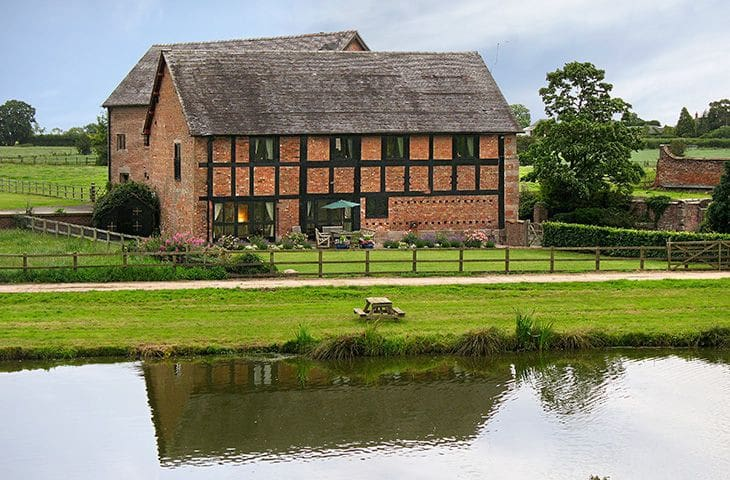 Cromwells Manor - near Nantwich - บ้าน