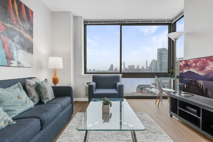 *Private 2BR  | Gym | Jersey City by GLS