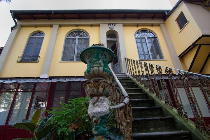 ERYTHRINA House - Art Nouveau Style