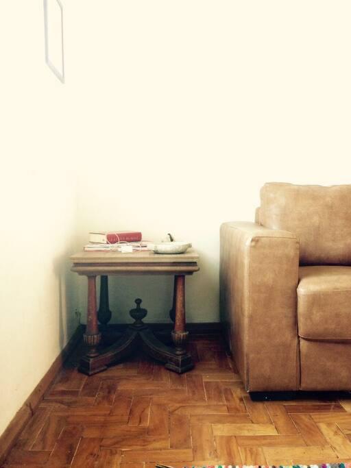 Sala ; livros de arte