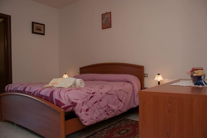 Appartamento spazioso con veranda - Todi - Wohnung