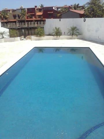 casa puerto encantado higuerote - Higuerote - House