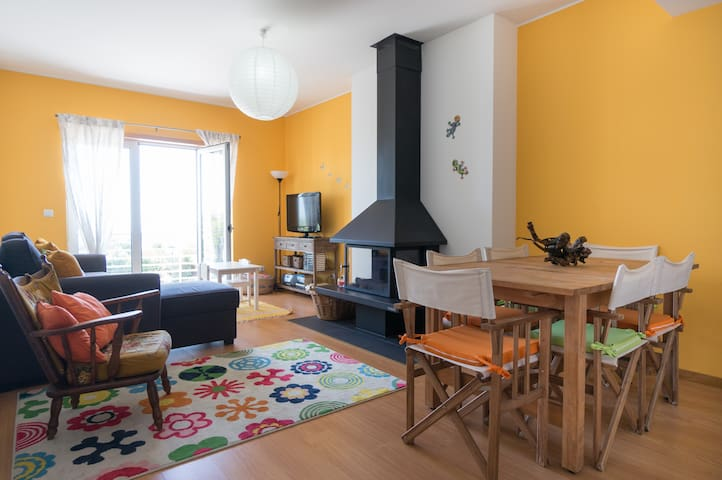 Lisbon & beautiful surroundings family & friends - Queijas - Apartment
