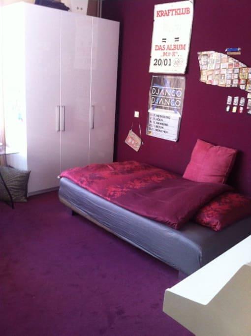 h bsches musikzimmer in maisonette wohnung apartments. Black Bedroom Furniture Sets. Home Design Ideas