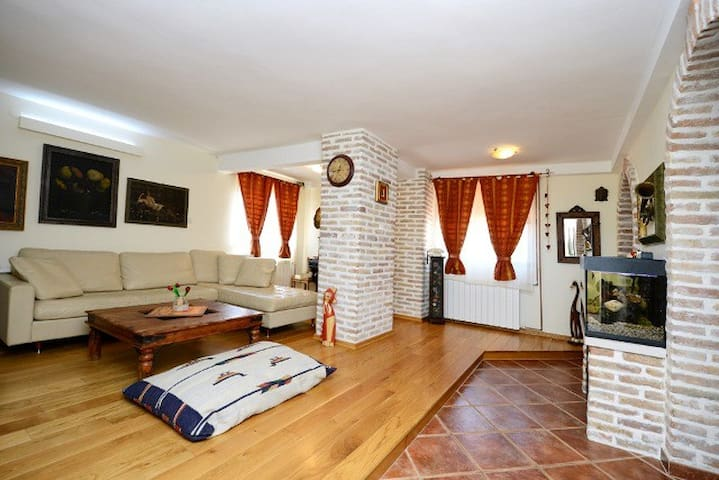 Apartment 250m from the beach - Poreč