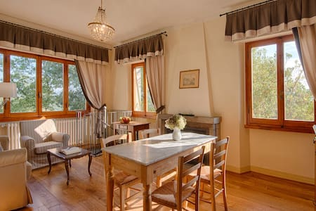 Sunny apartment on wine farm - GREVE IN CHIANTI - Wohnung