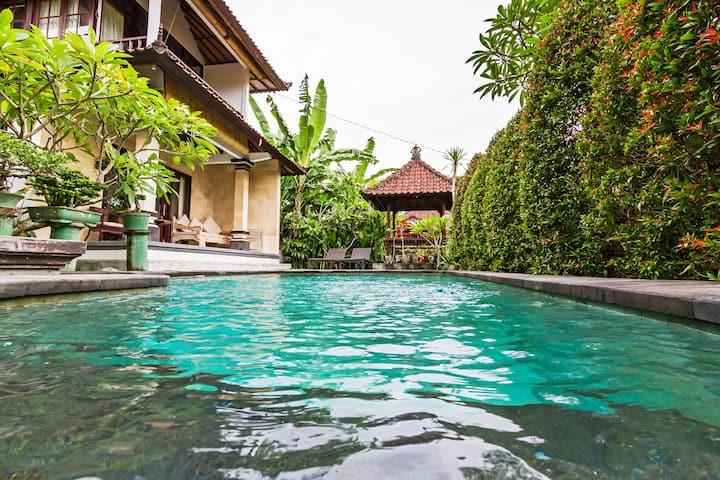 2 Bedrm Villa in Penestenan.  7 mins Ubud center.