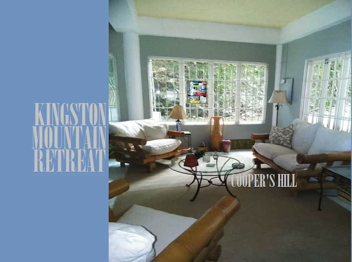 Kingston Mountain Retreat