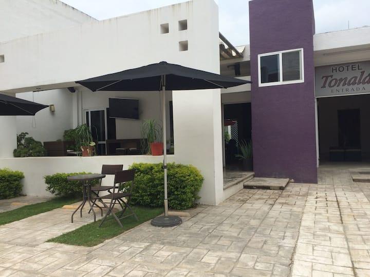 Habitación 1 cama Hotel Tonalá en Chiapas