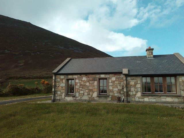 Slievemore, Dugort, Achill Island - Dugort, Achill Island - Chatka
