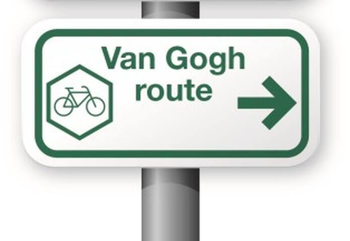 Van Gogh fietsroute loopt langs onze B&B.