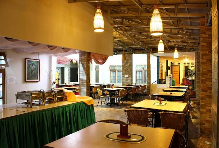 Cipayung Asri Hotel